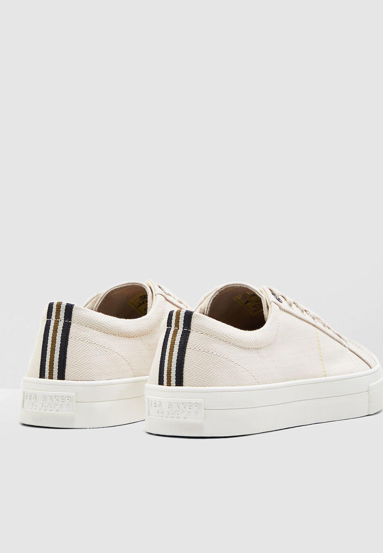 Eshron Sneakers