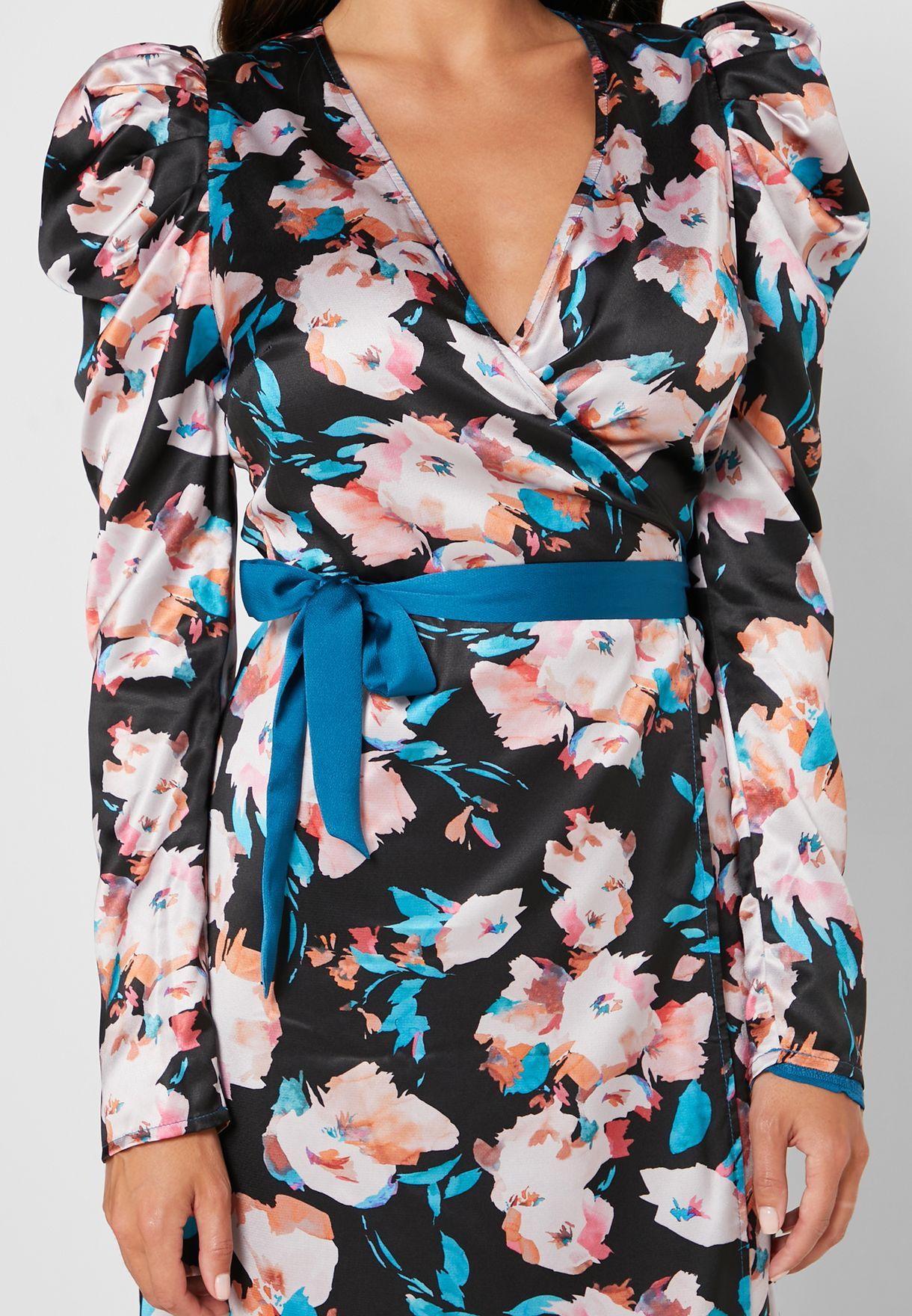 فستان بطبعات ازهر