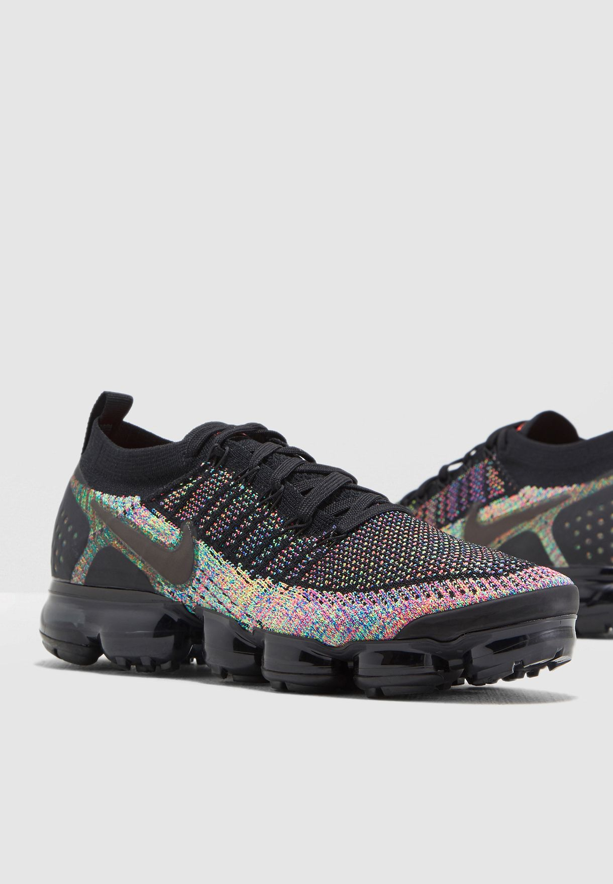 fa9d4ebd10c0c Shop Nike multicolor Air Vapormax Flyknit 2 942842-017 for Men in ...