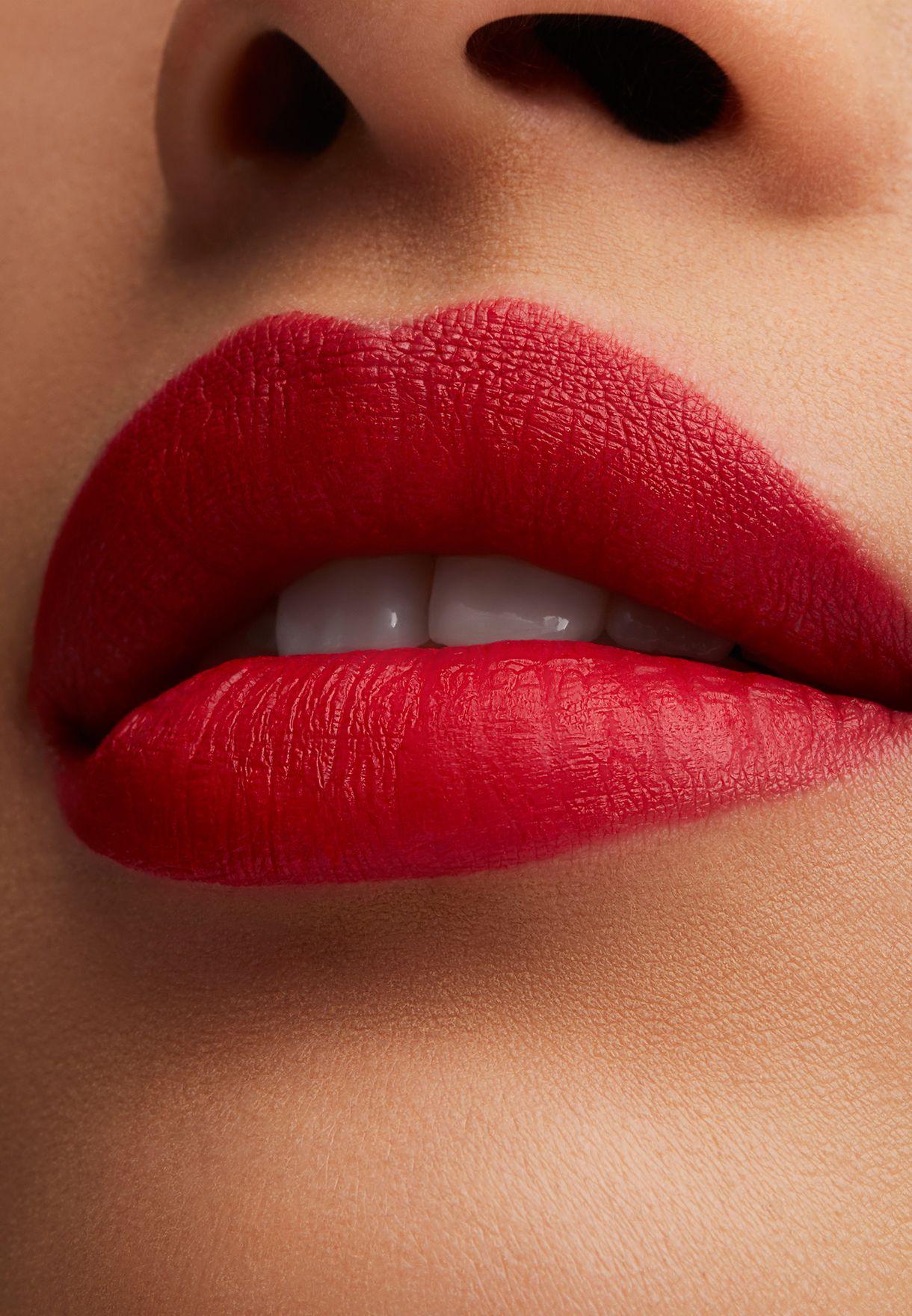 Cruella Lipstick - De Vil In the Details