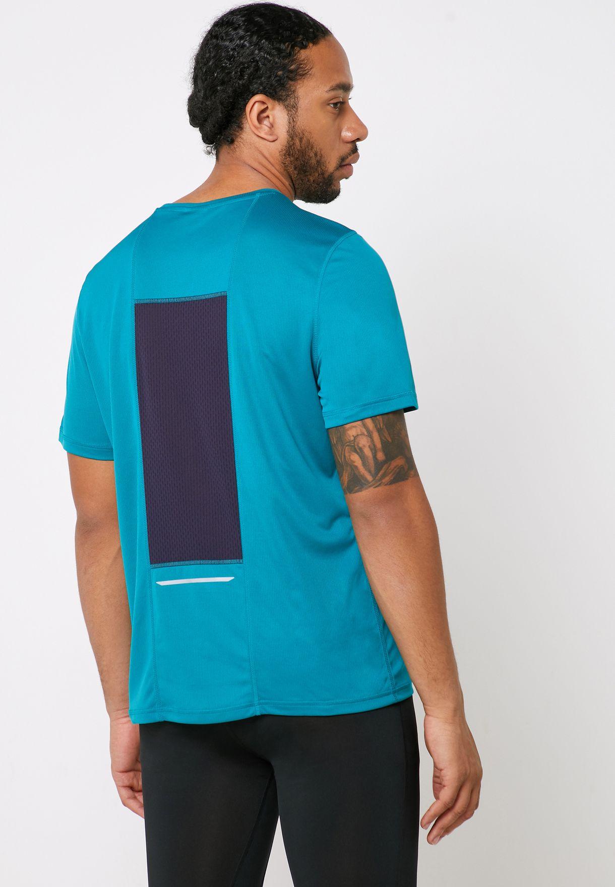 Essential Logo T-Shirt