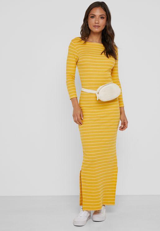 فستان مكسي بخطوط