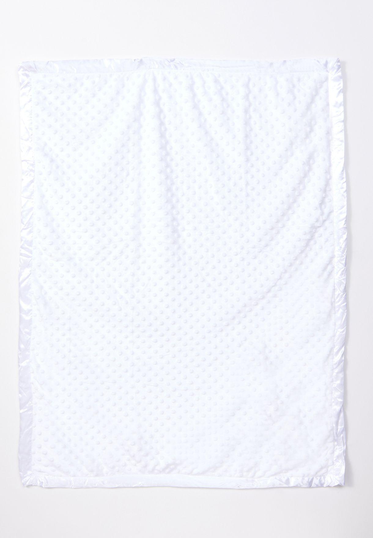 بطانية بتصميم ناعم