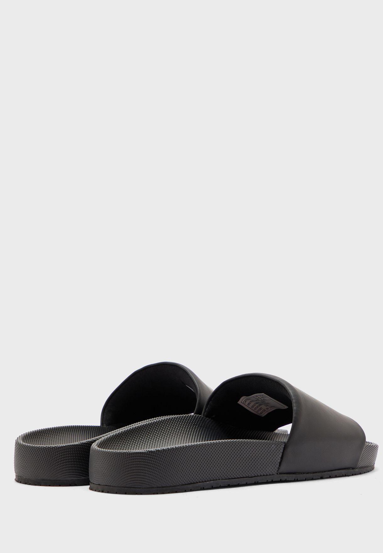 Cayson Sandal