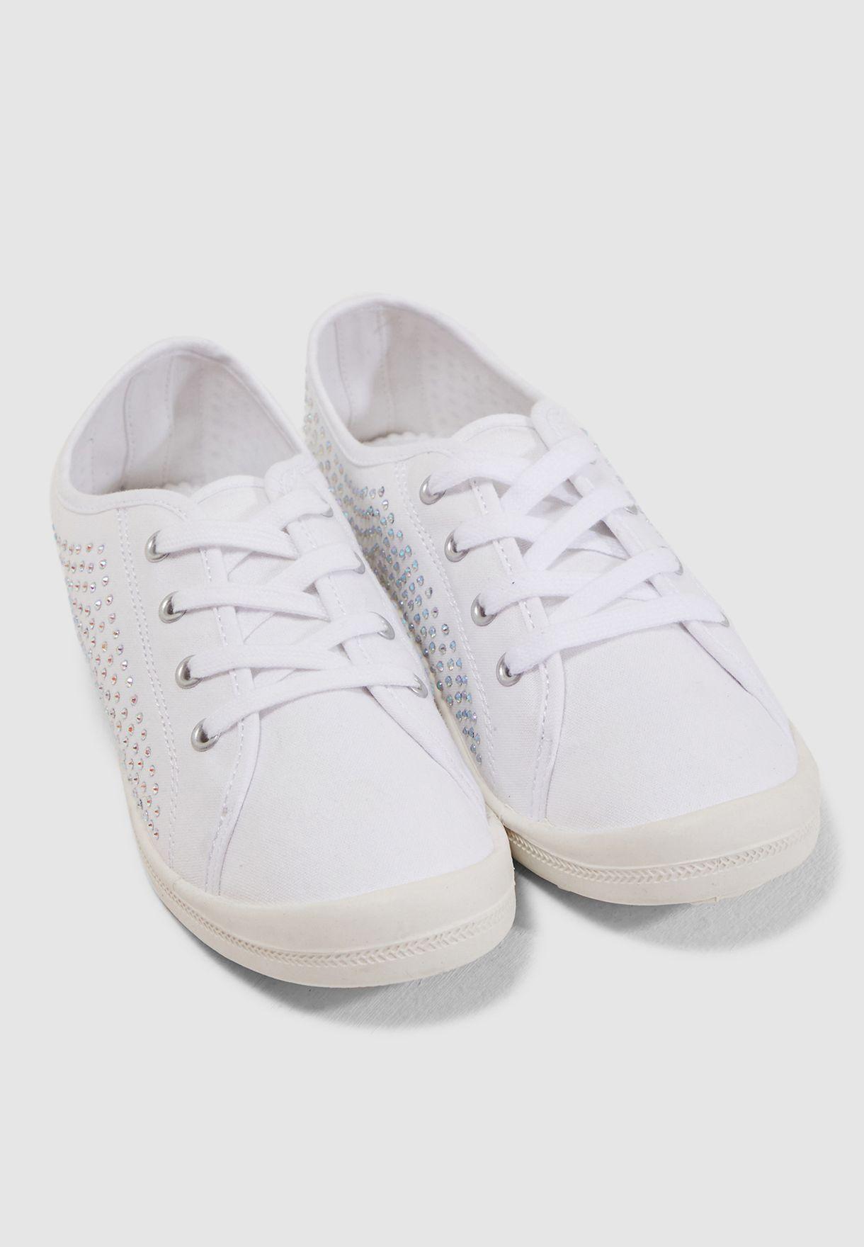 Bailey Sneaker - White Fabr