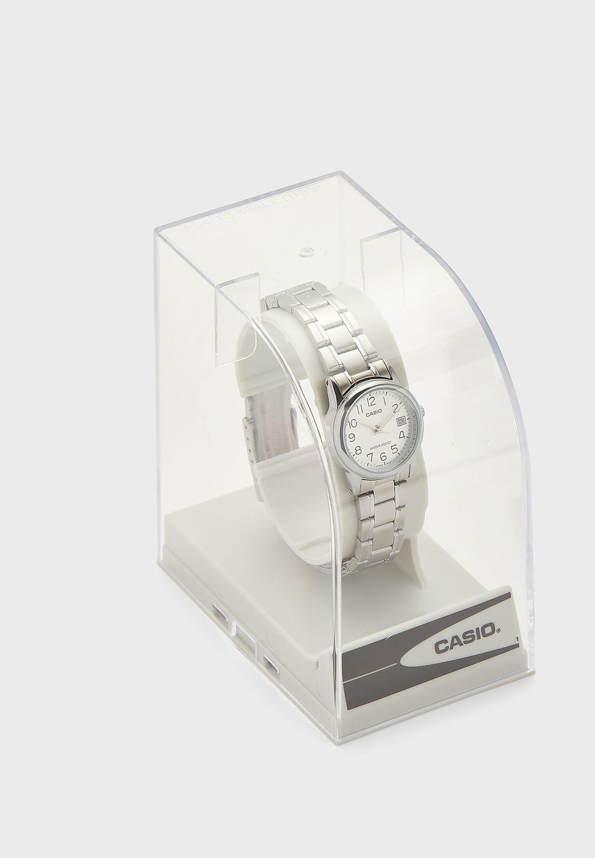 LTP-V002D-7BUDF Analog Watch