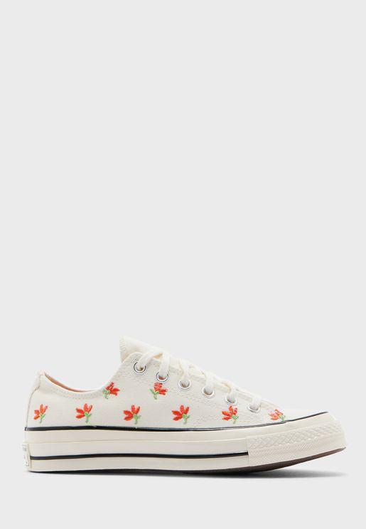 حذاء تشاك 70