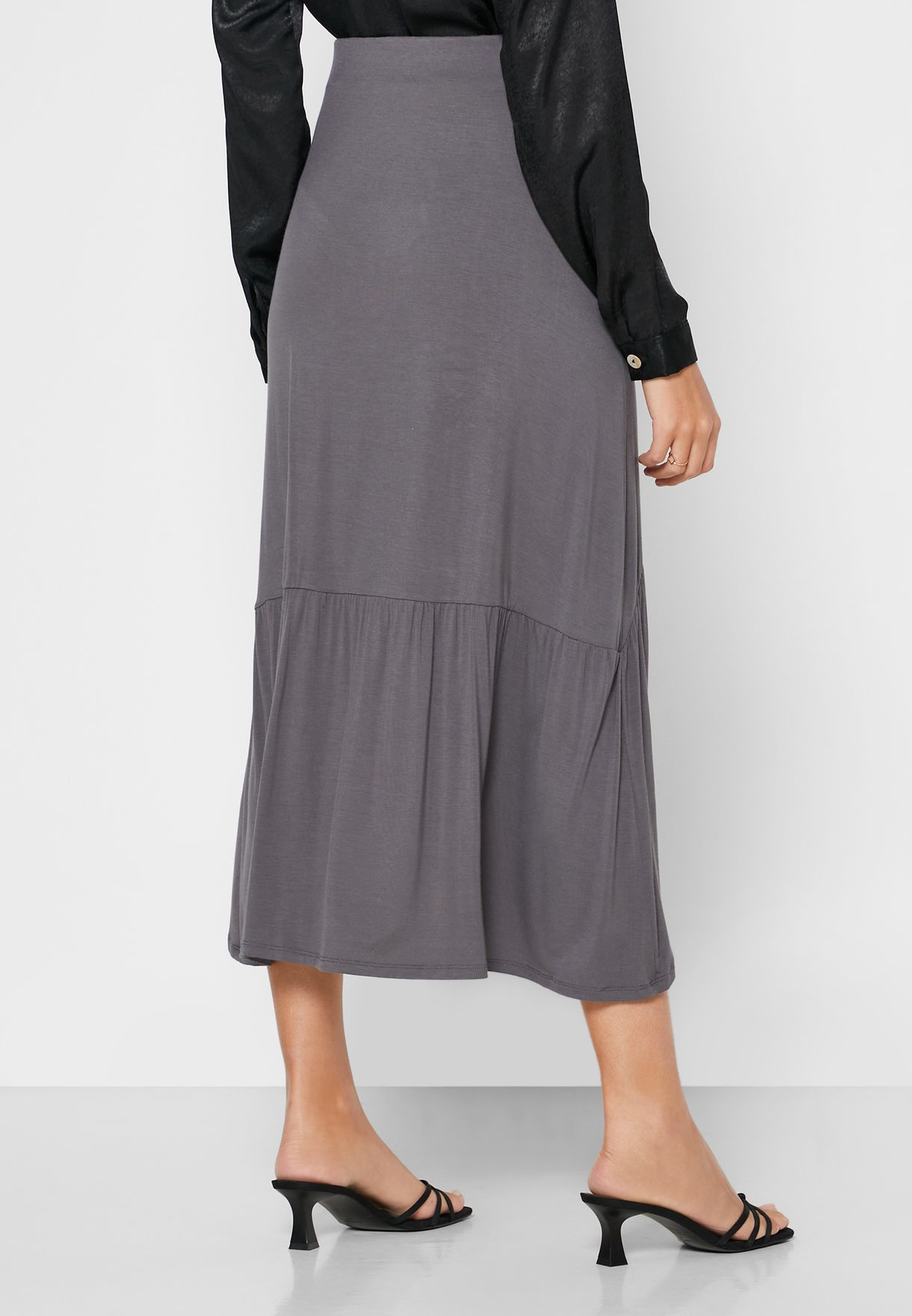 Pleated Hem Asymmetric Skirt