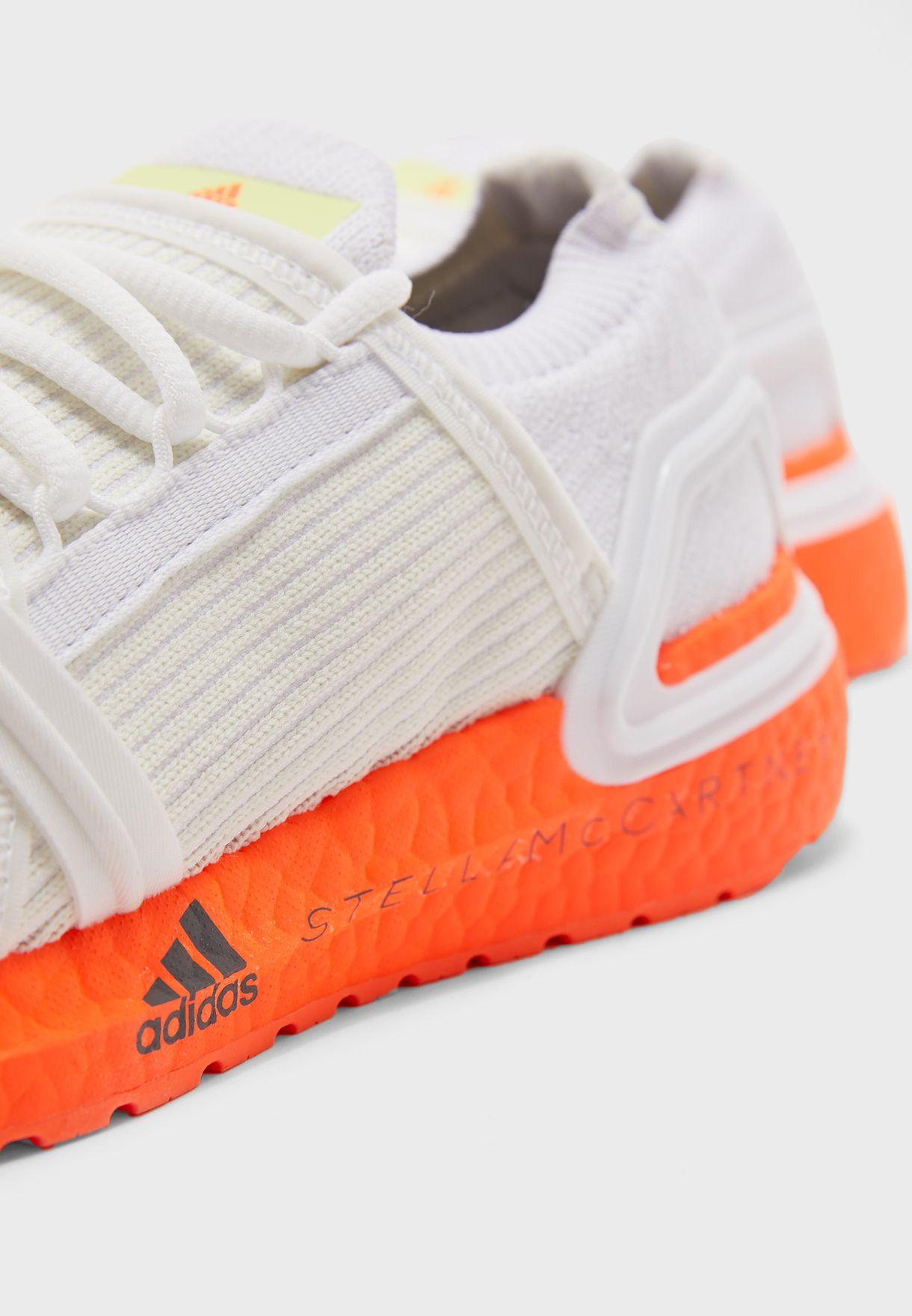حذاء من مجموعة ستيلا مكارتني