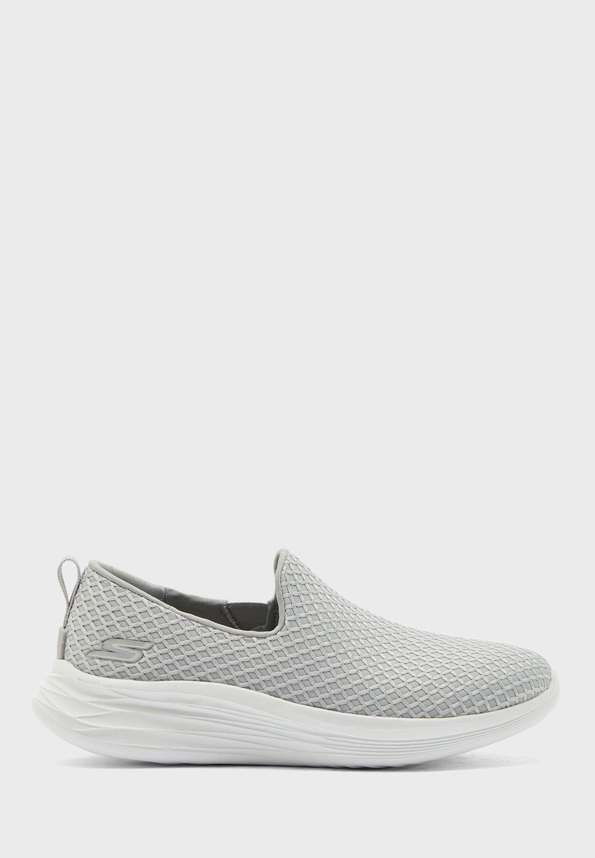 حذاء يو ويف