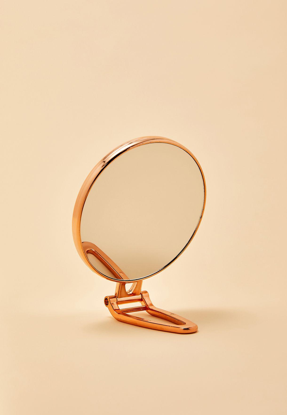 مرآة مكتب