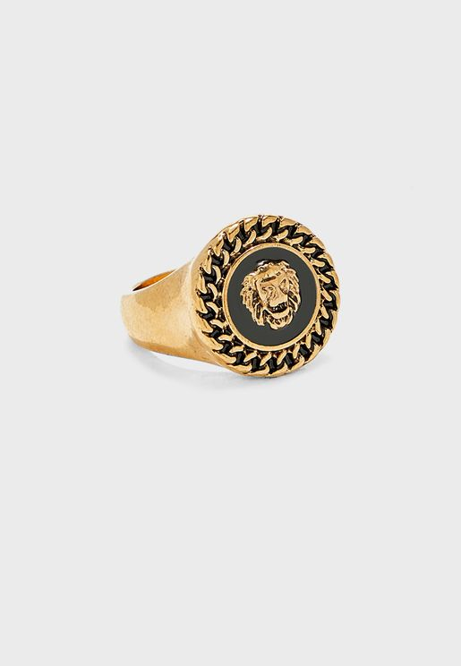 Round Front Statement Ring
