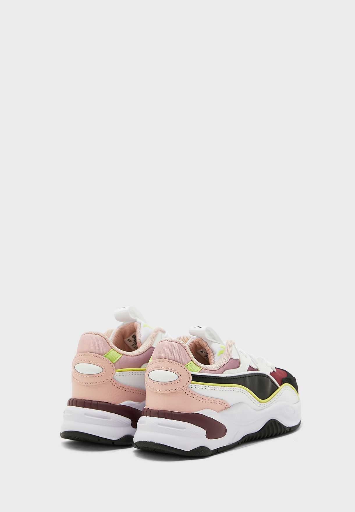 حذاء ار اس -2 كيه سبيس
