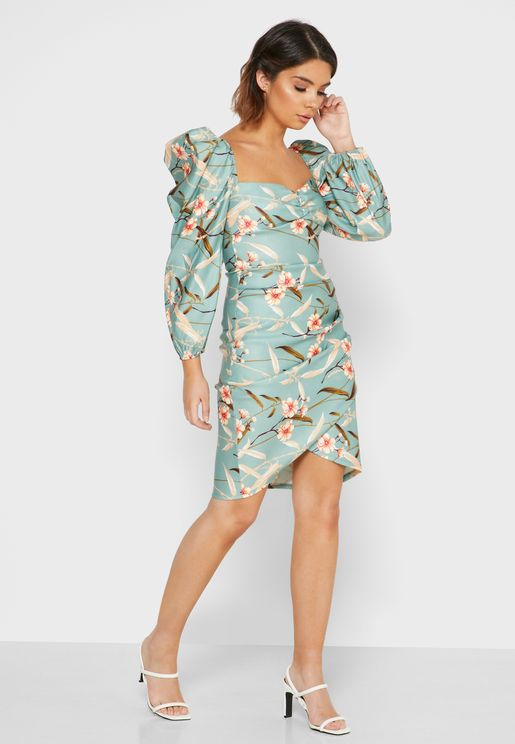 فستان ميني بأكمام منفوشة وطبعات ازهار