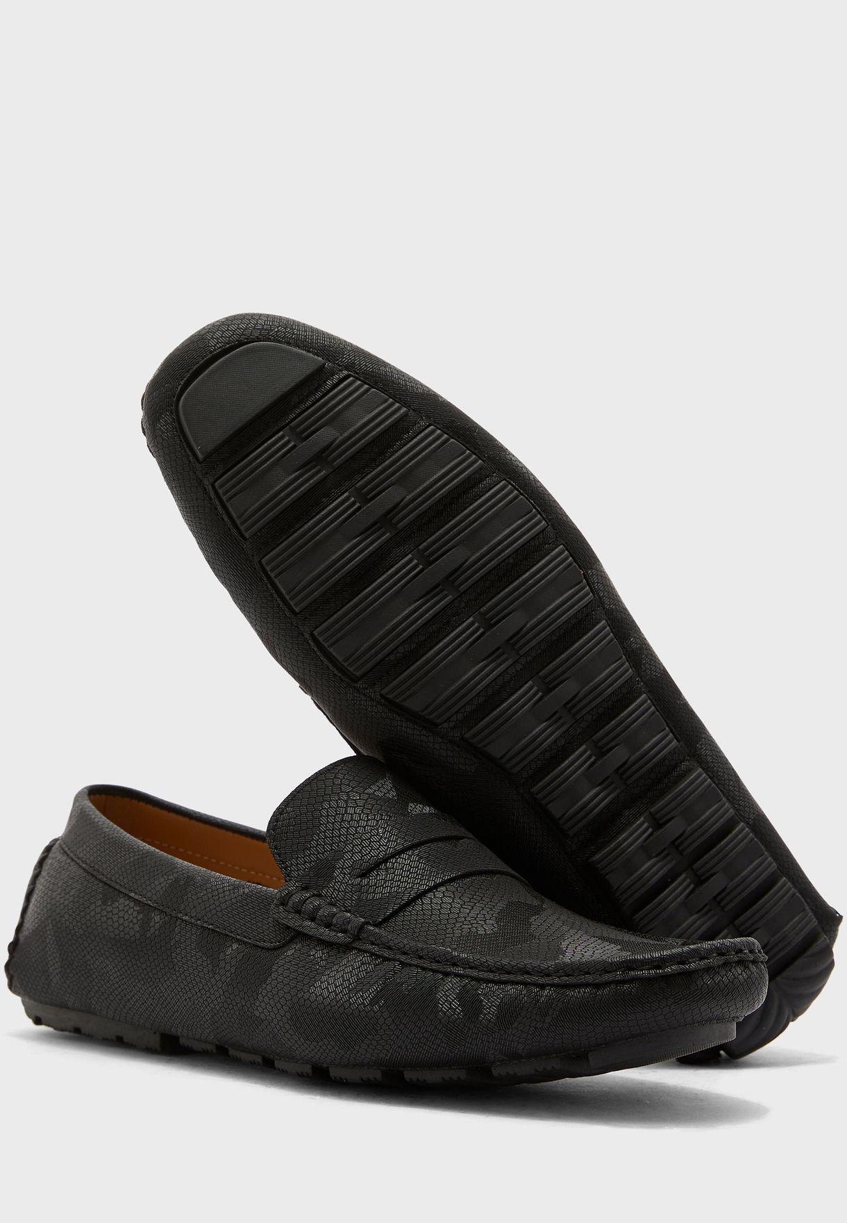حذاء لوفرز جلد حيوان