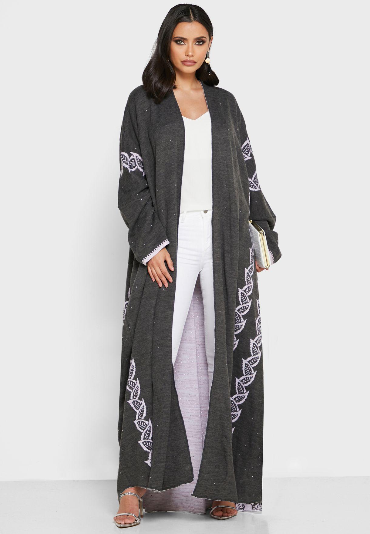 Contrast Detail Woollen Abaya