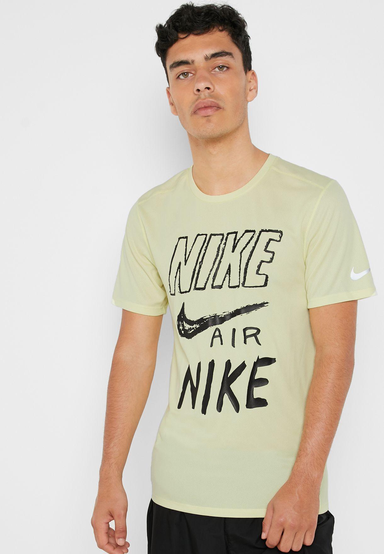 4becbd24 Shop Nike green Breathe Run T-Shirt AJ7584-335 for Men in UAE ...