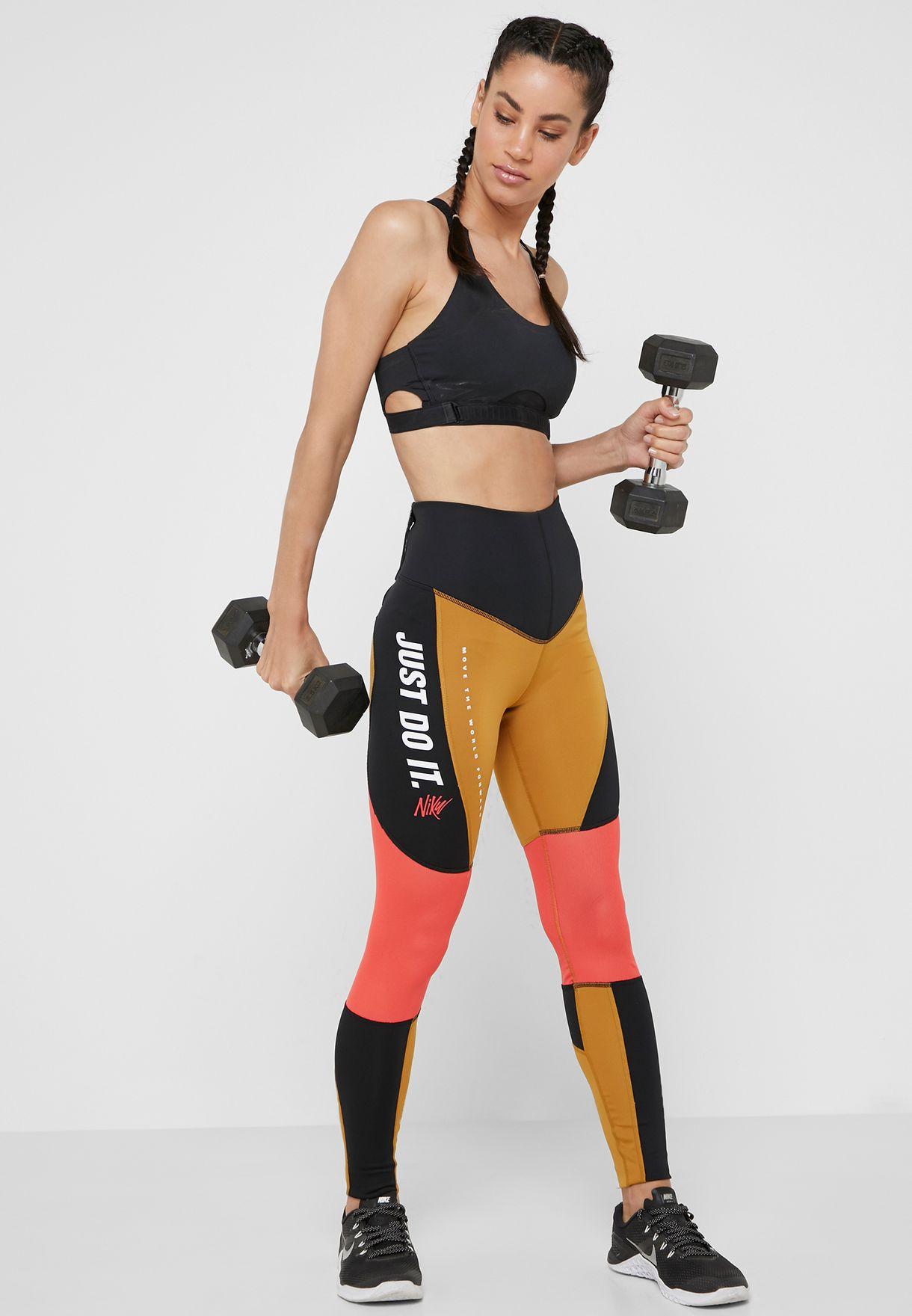 db2e59e789680 Shop Nike multicolor Sport Distort Leggings AQ0377-790 for Women in UAE -  72704AT06CMP