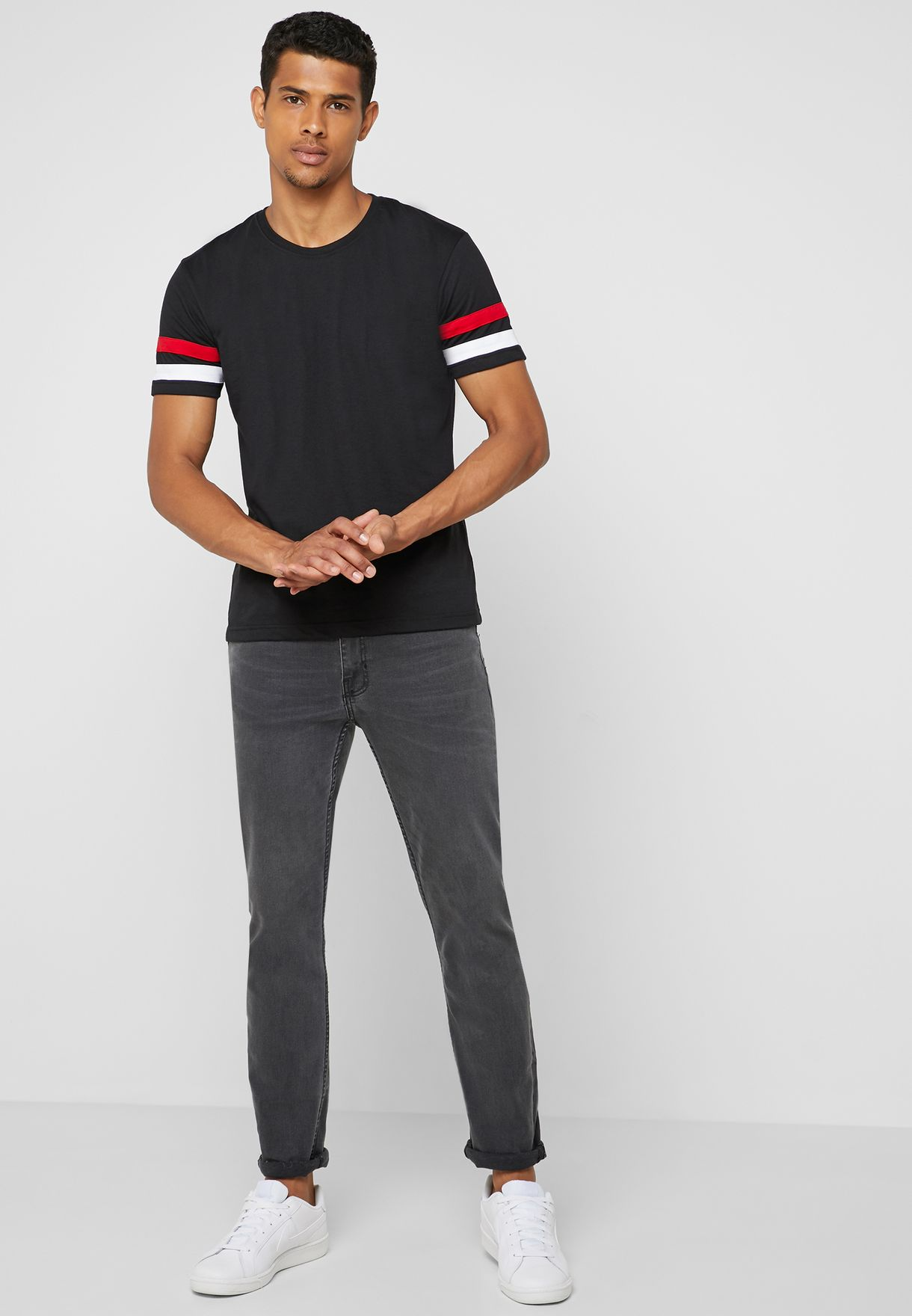 Arm Stripe Crew Neck T-Shirt