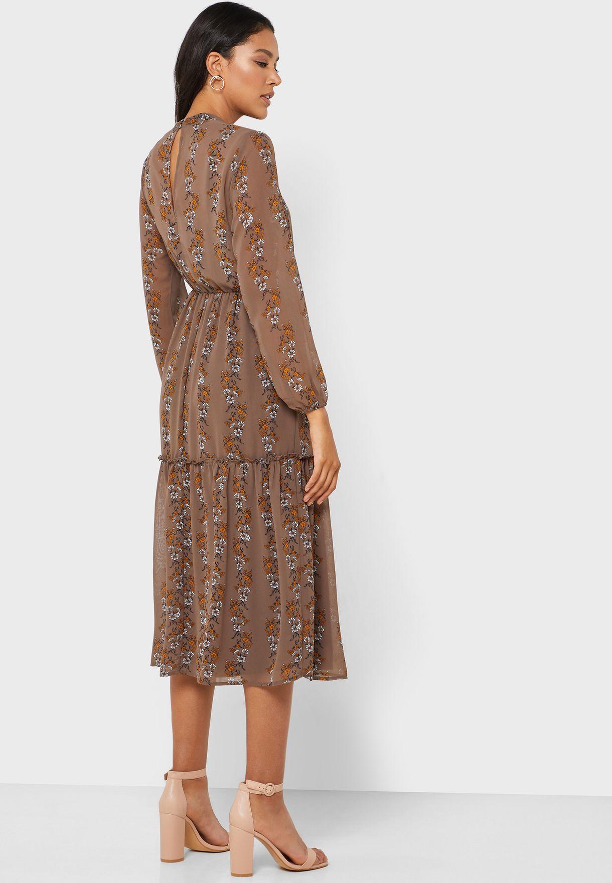 فستان مطبع بطبقات شبكية