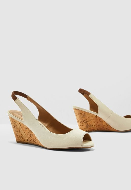 Aristata Wedge Sandal