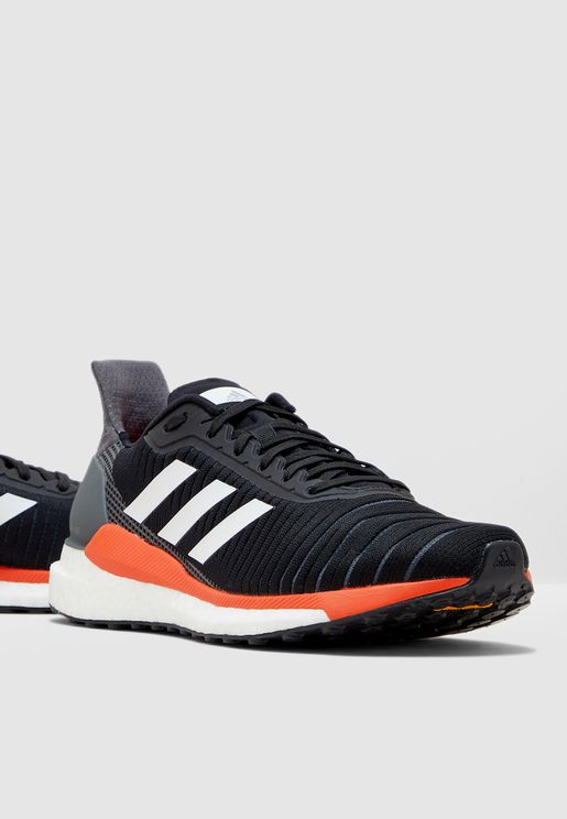حذاء سولار جلايد 19
