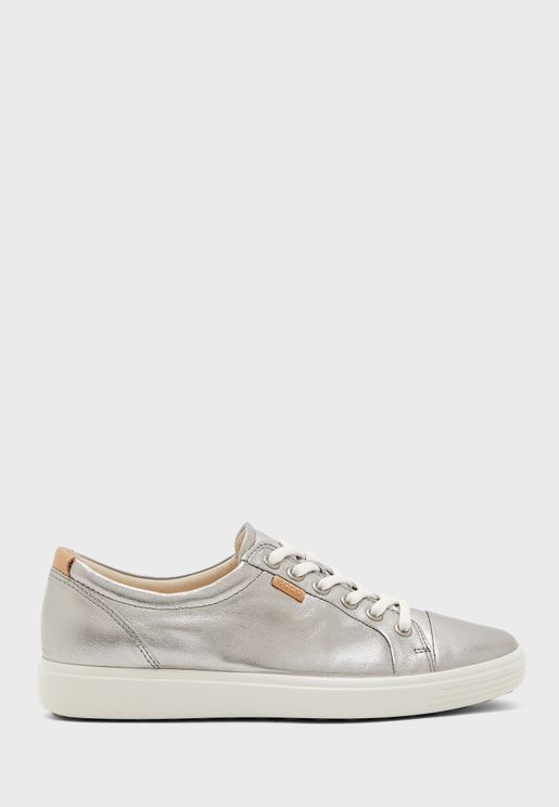 Casual Low Top Sneaker