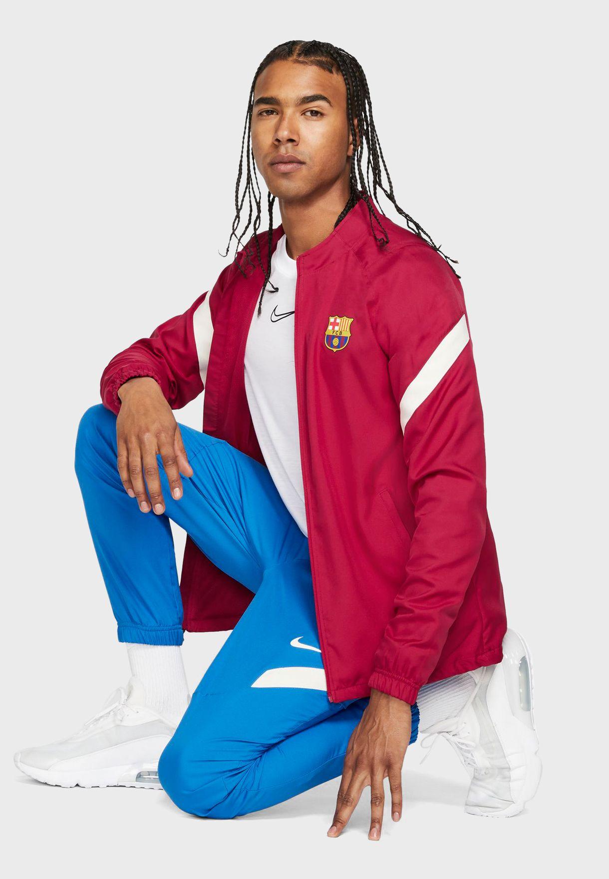 بدلة رياضية بشعار نادي برشلونة