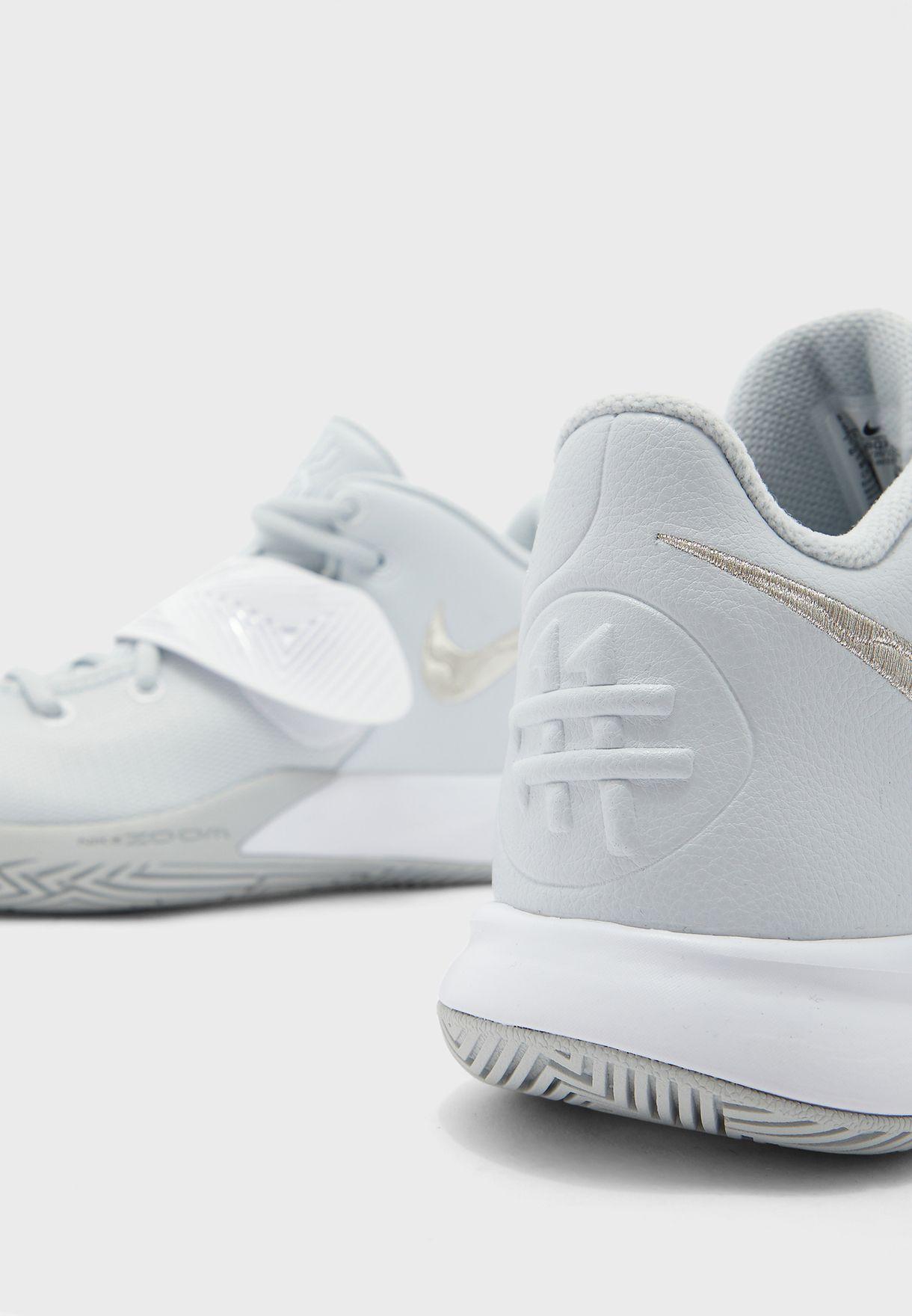 حذاء كايرا فلاي تراب III