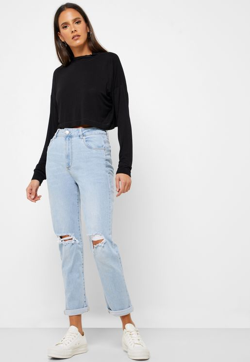 Knee Ripped Mom Jeans