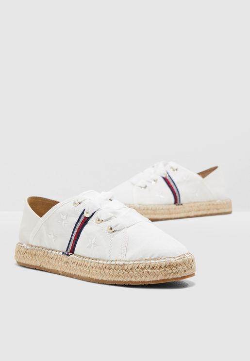 Flat Ribbon Sneakers