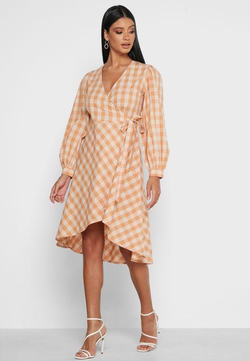 فستان لف بطبعات مربعات