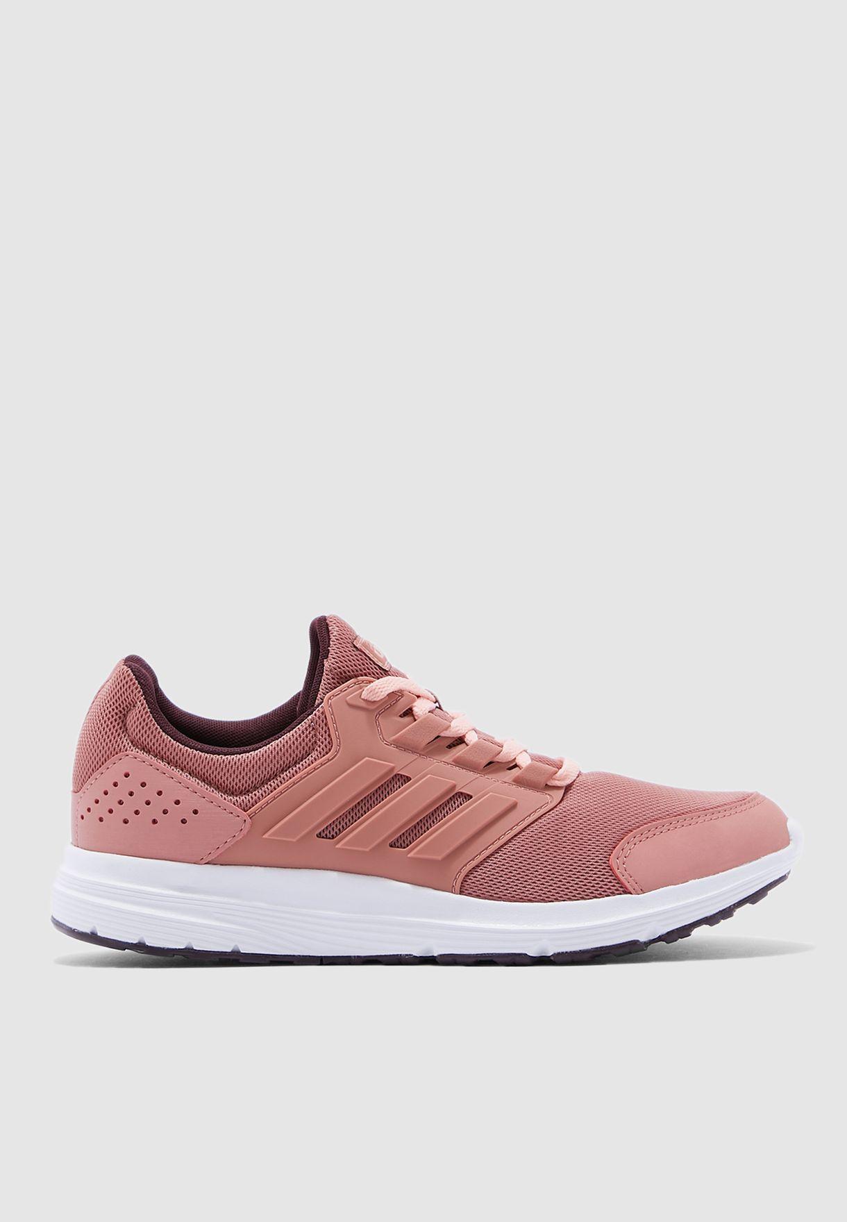 حذاء جالكسي 4