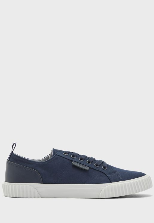 Mitchell Sneakers