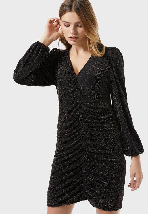 فستان قصير باكمام طويلة