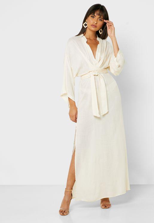 فستان بأربطة امامية