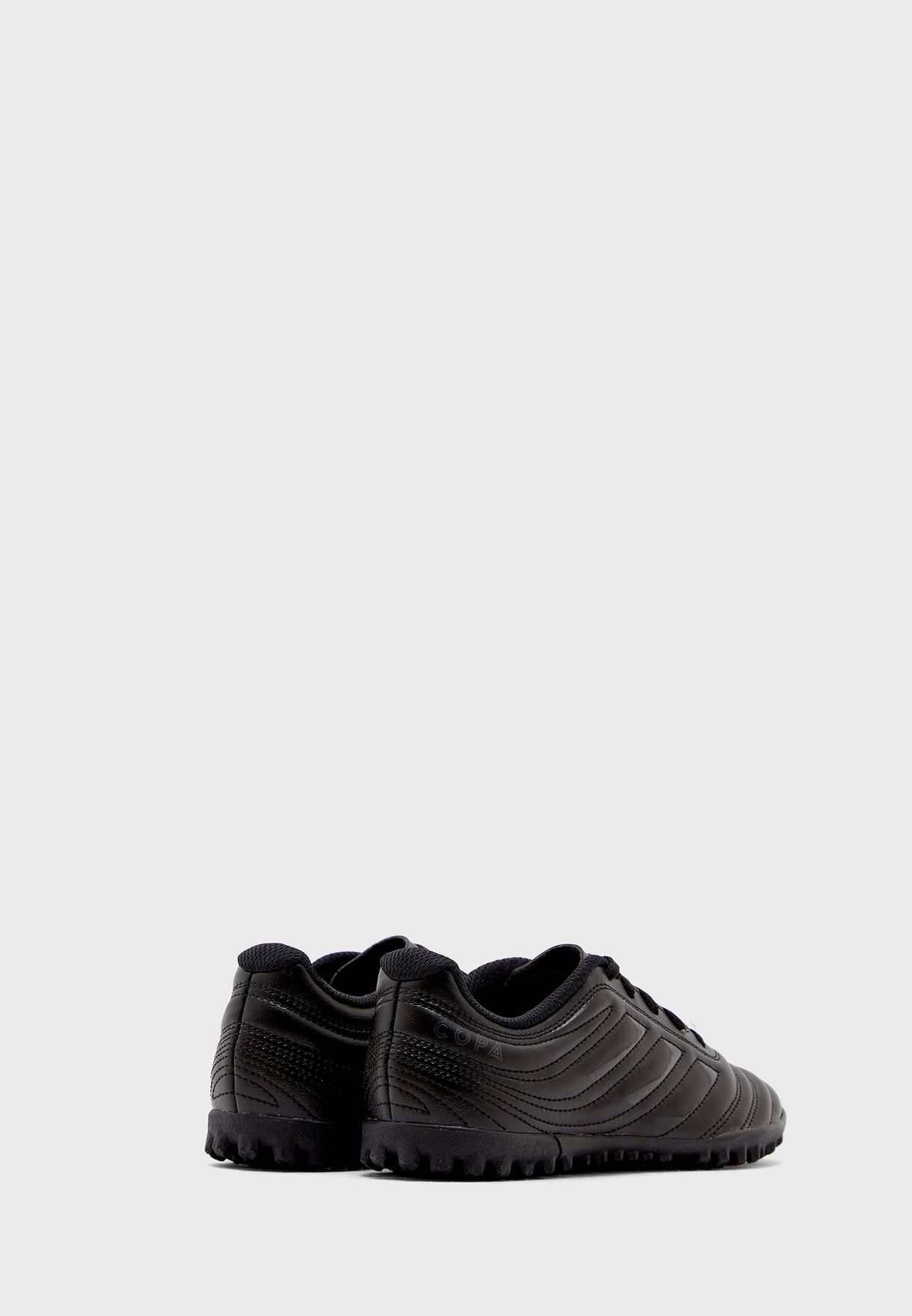 حذاء كوبا 20.4 تي اف