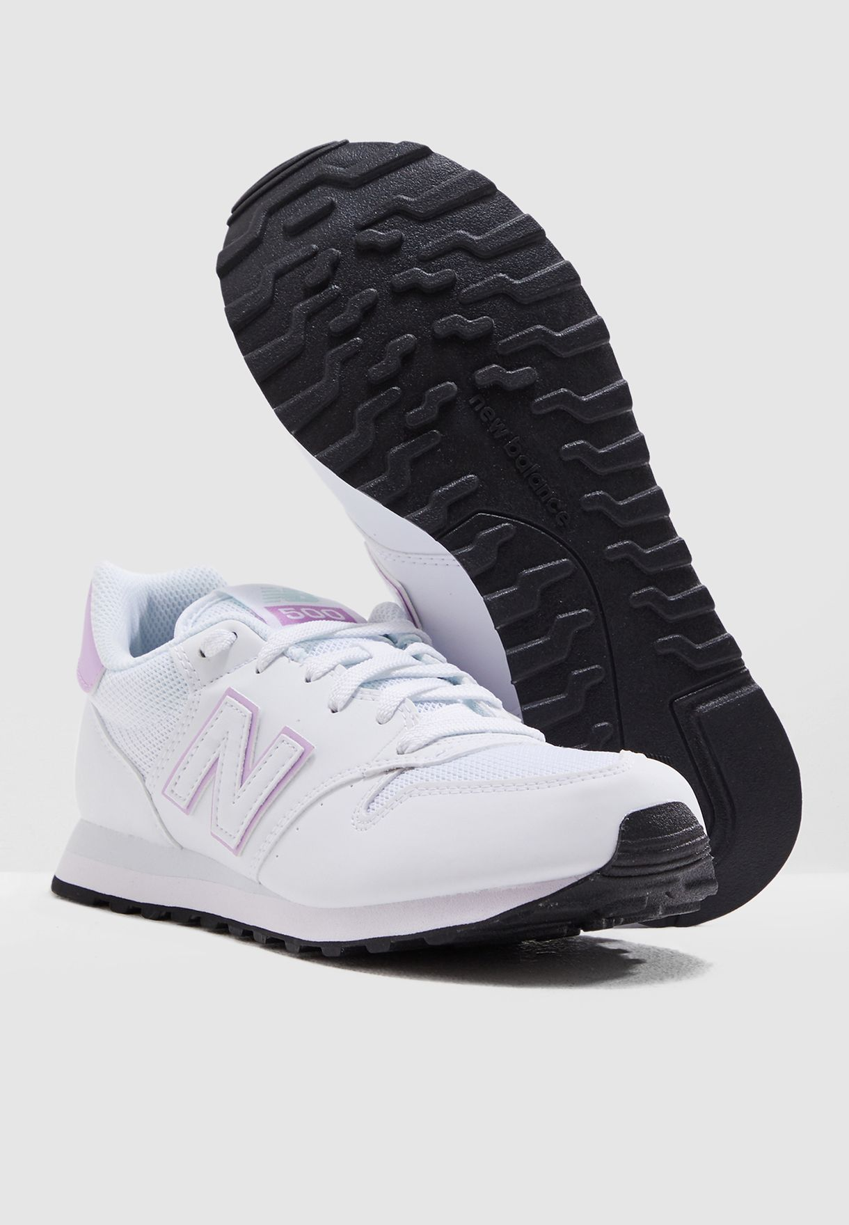 حذاء رياضة 500