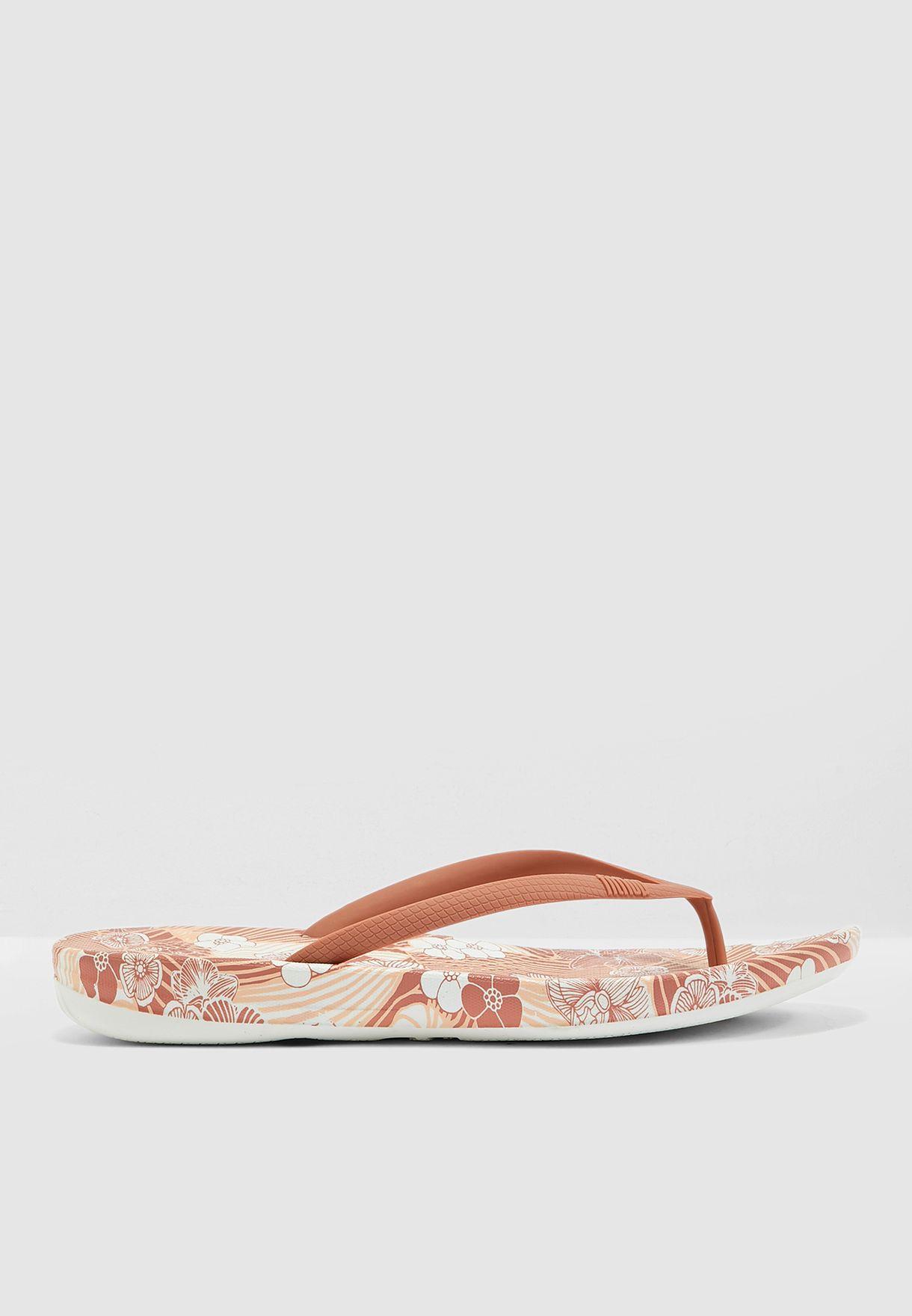 Iqushion  Flip Flop