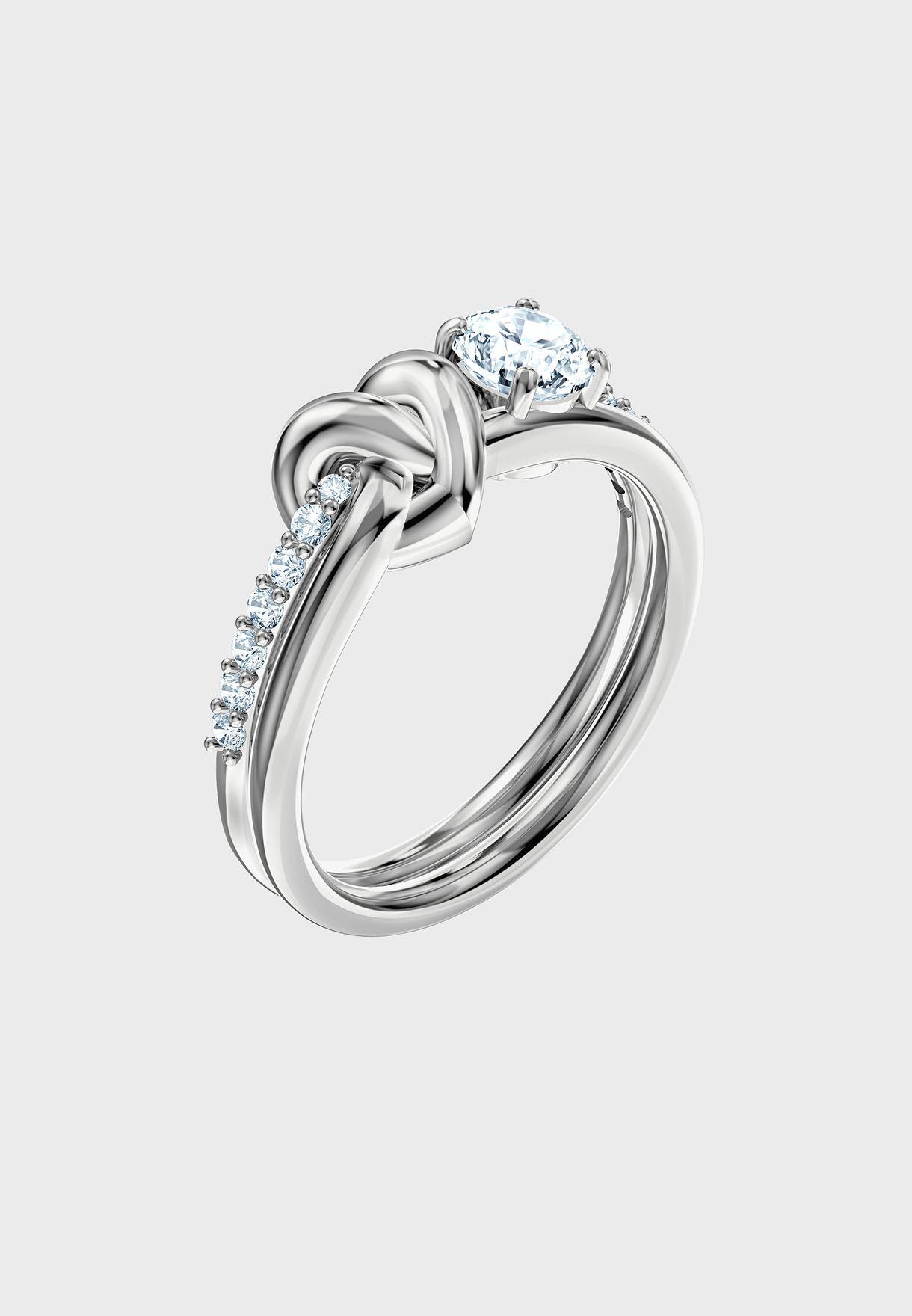 خاتم من مجموعة عيد الحب
