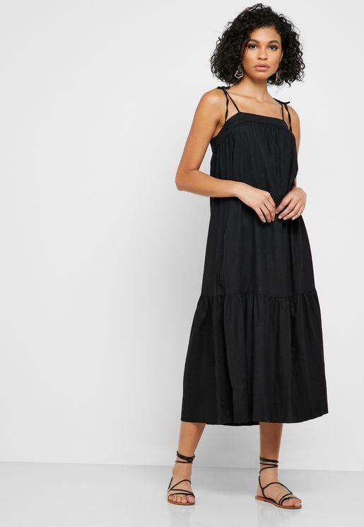 فستان ميدي بحمالات كتف