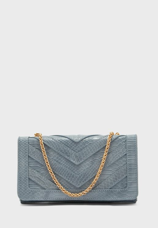 Chain Detail Wave Line Clutch