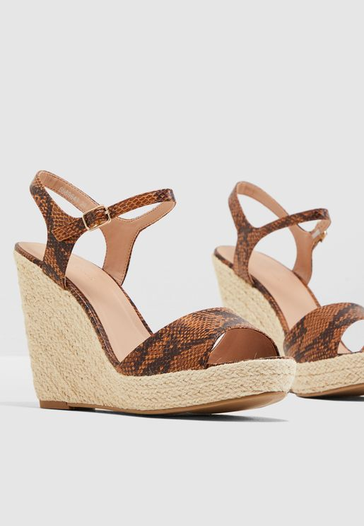Pecan Wedge Sandal - Brown