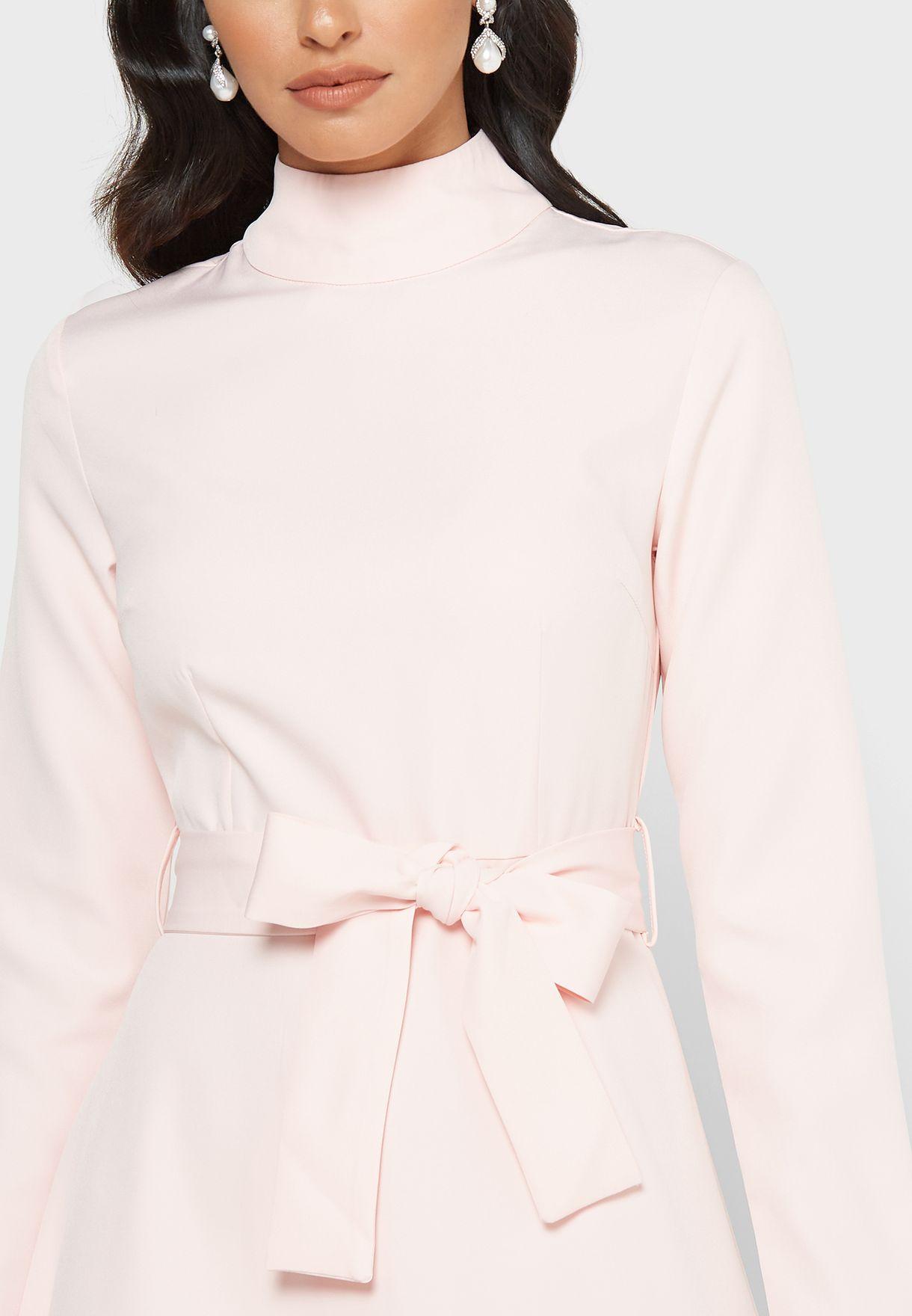 فستان باربطة خصر