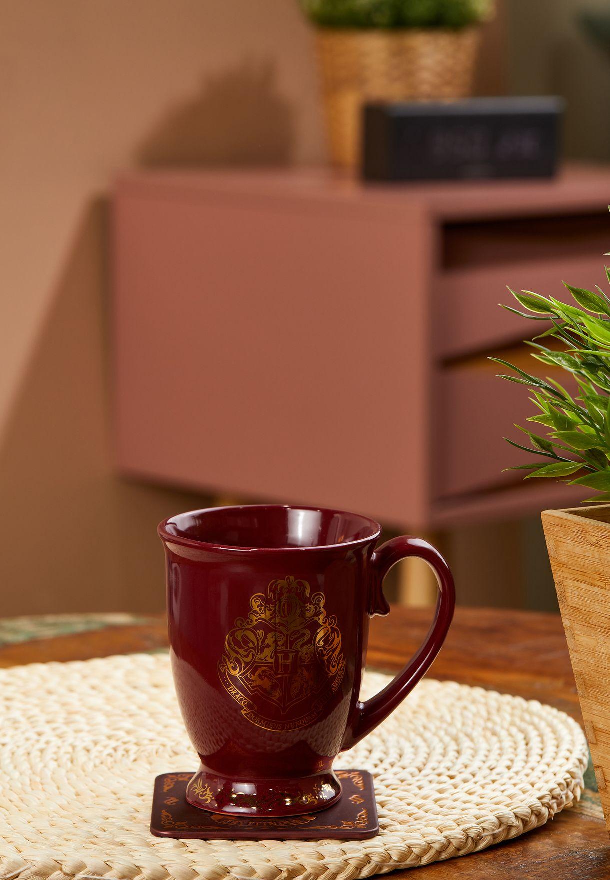 فنجان قهوة بتصميم هاري بوتر
