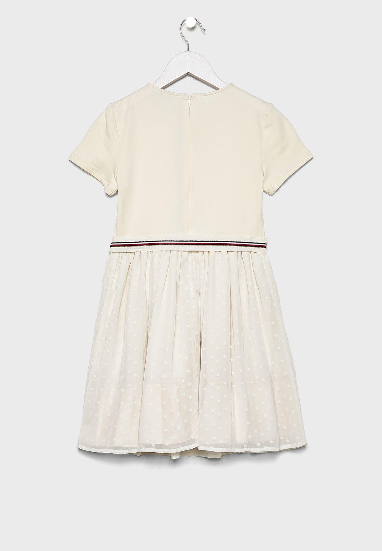 فستان بأربطة خصر
