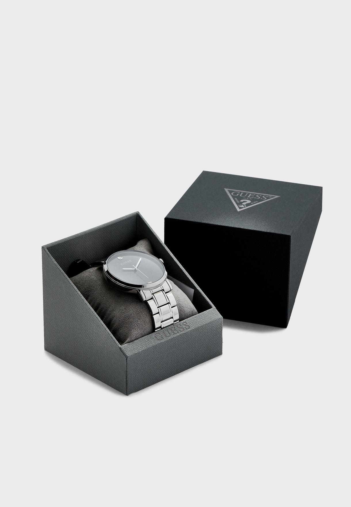 W1315G1 Analog Watch