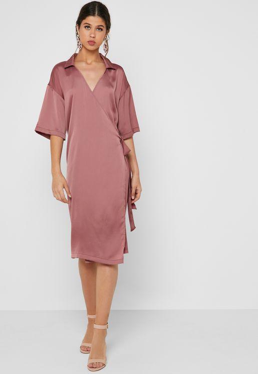 فستان ميدي بأربطة جانبية