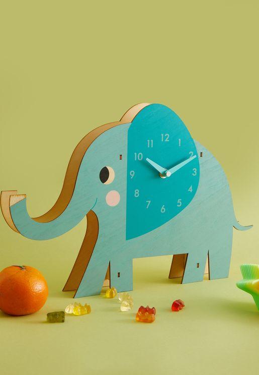 ساعة خشبية بشكل فيل
