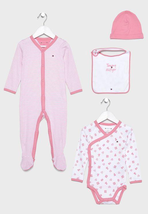 Infant 4 Piece Gift Set